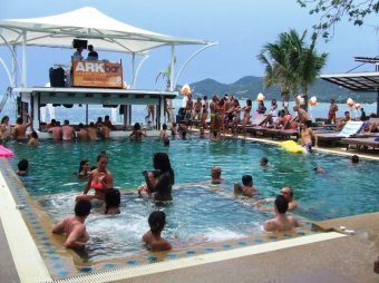 Ark Bar-Pool Party-Chaweng-Chaweng Beach-Island Info-Thailand-Holiday-Travel