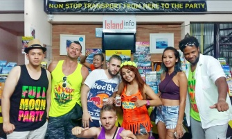 Happy Customers @ Island Info Samui - Full Moon Party