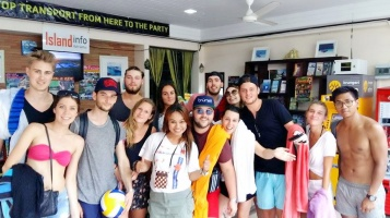 Happy Customers @ Island Info Samui - Ang Thong National Marine Park