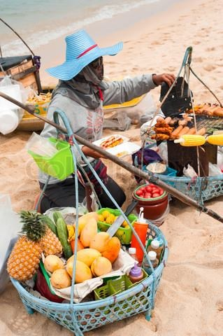 beach-vendor-samui-island-info