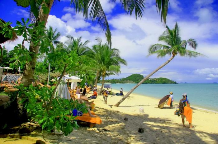 Chaweng-Beach-Koh-Samui-Thailand-Best-Tropical-Beach-Island-Info-Samui;