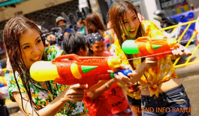 Island Info Samui, Songkran, Water Fight, Tours, Party4.