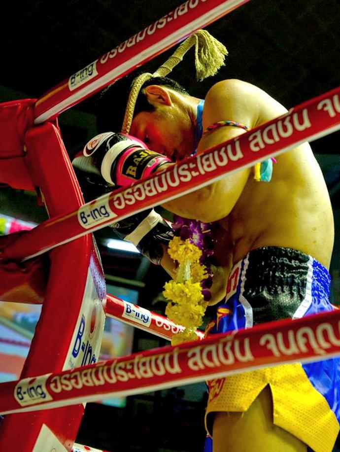 lumpinee, lumpini, stadium, muai, thai, bangkok, boxing, new, old, culture, heritage, boxers,  buddhist, religion, history, children, island, info, samui, tours, wai, khru (7)