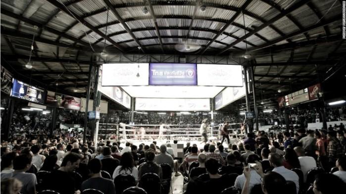 muay-thai-original-lumpini-boxing-stadium-bangkok-สนามมวยเวทีลุมพินี-indoor-sporting-arena-Bangkok-Thailand