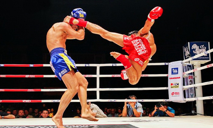 muay-thai-tradition-culture-lumpini-rajadamnern-stadium-bangkok-mongkol-mongkin-buakaw- lumpinee-wai-khru-boxing-information-children (7)