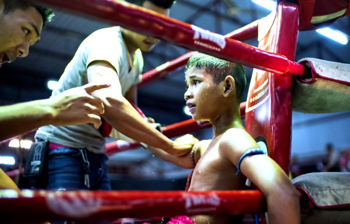 muay-thai-tradition-culture-lumpini-rajadamnern-stadium-bangkok-mongkol-mongkin-buakaw- lumpinee-wai-khru-boxing-information-children-info-samui  (5)