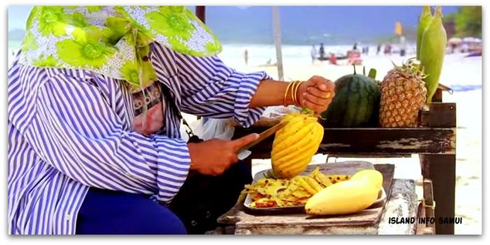 Beach Vendors-Sellers-Thailand-Samui-Island Info Samui (25)