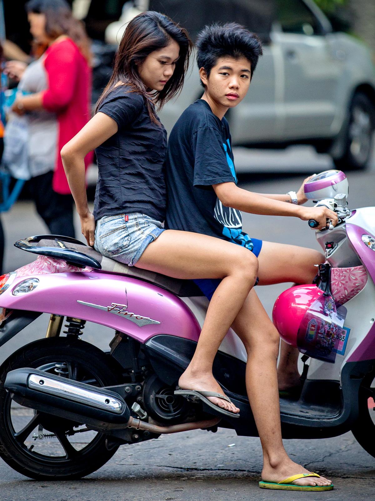 Thai girls in thongs