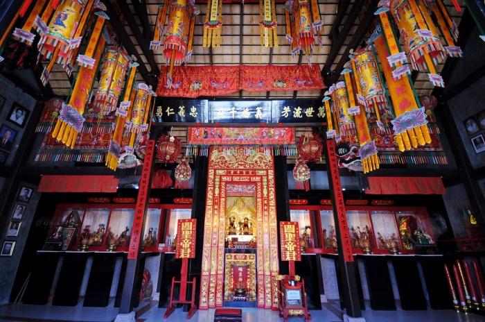 guan-yu-koh-samui-chinese-hianese-shrine-tours-info-samui  (1)