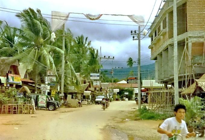 history-samui-thailand-settlement_government_local-industries_landmarks-roads_construction-development