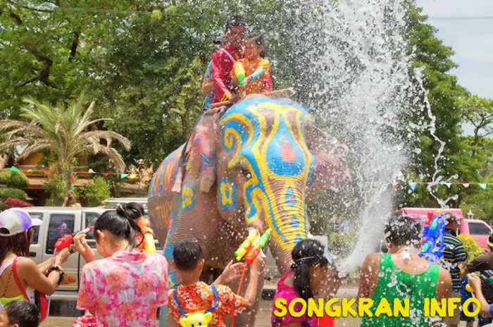 Songkran, 2016, New Year, Water Festival, Info, Thailand, Thai, dates, locations, buddhist, culture, traditions, festival, water fight (3)