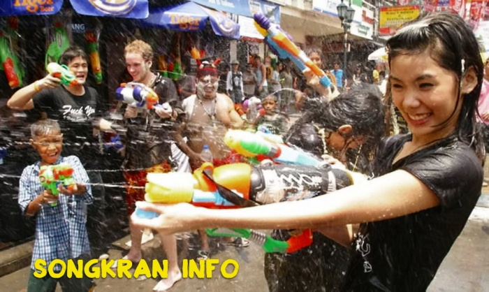 Songkran, 2016, New Year, Water Festival, Info, Thailand, Thai, dates, locations, buddhist, culture, traditions, festival, water fight (6)