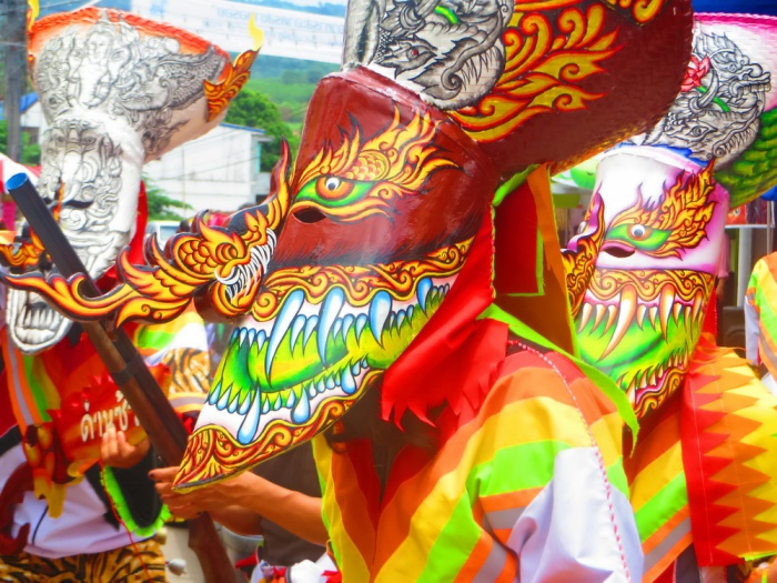 Bun-Luang-and-Phi-Ta-Khon-Festival-walking-dead-Dan Sai-Phi Ta K